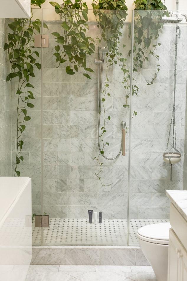 Dusche Entkalken Mit Zitronensäure : dusche entkalken das musst du beachten entkalker test ~ Yuntae.com Dekorationen Ideen